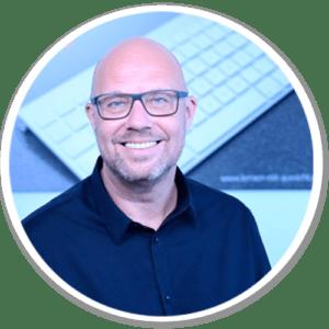 Trainer Frank Thiel | Tourismus & Touristik